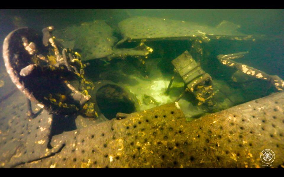 25.10.2108 «Разведывательно-водолазная команда» совершила погружение к подводной лодке «С-12»
